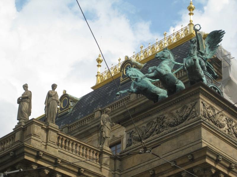Prag-Tiyatro