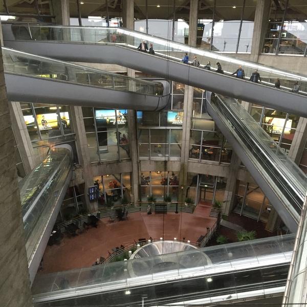 Paris-CDG Terminal 1