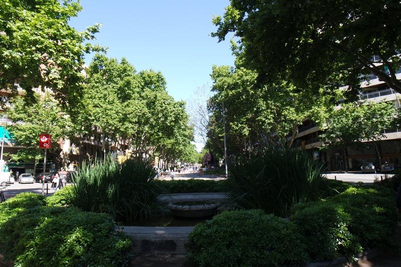 Barselona sokak