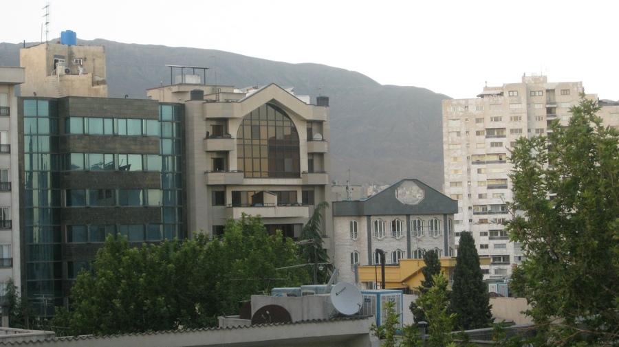 Tahran-Evden