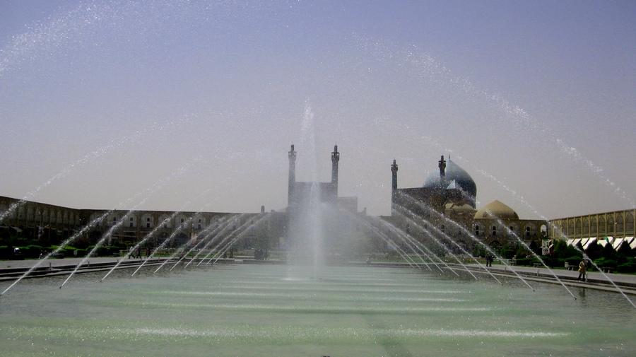 Isfahan-NaksıCihan-Havuz