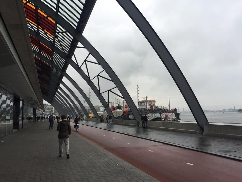 Amsterdam-Istasyon-2