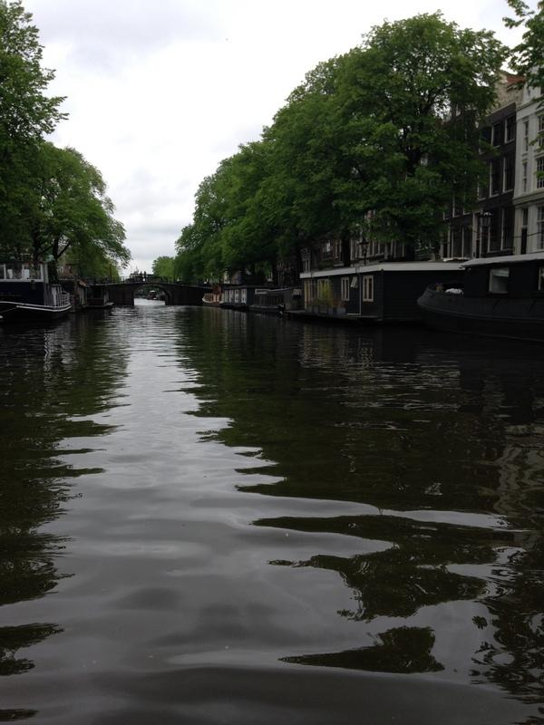 Amsterdam-Kanal-1