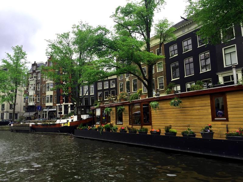 Amsterdam-Kanal-3