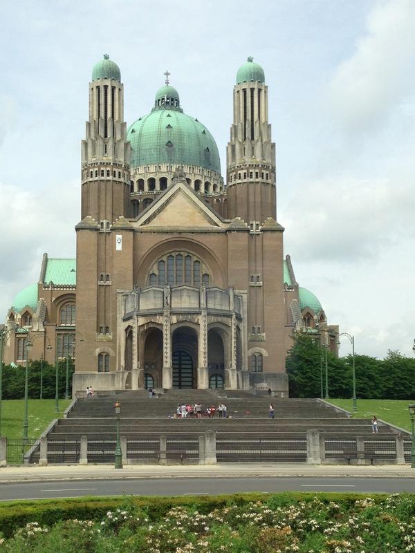 Bruksel Kilise